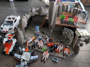 Playmobil-4875 Quartier général des Agents Secrets avec système