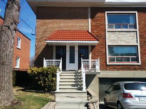 BRIGHT SPACIOUS 6 1/2 IN MONTREAL WEST
