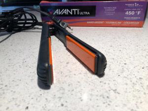 Mint condition AVANTI ultra hair straightening iron