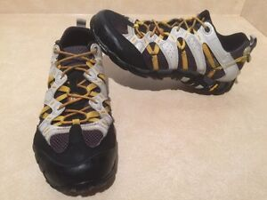Men's Merrell Continuum Hiking Shoes Size 8 London Ontario image 2