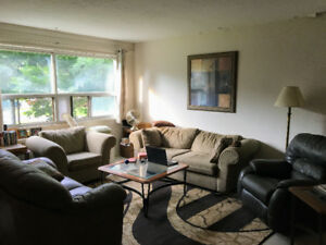 Mature roommate wanted on Parkway