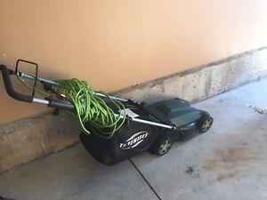 Yardworks 9A Electric Lawn Mower
