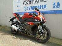 2016 YAMAHA YZF-R125 ABS MODEL, FRESH RED, *VERY LOW MILEAGE*