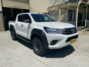 2017 Toyota Hilux GUN136R SR Double Cab 4x2 Hi-Rider White 6 Speed Sports Automatic Utility