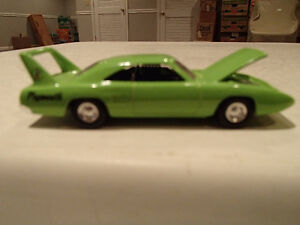 Hot Wheels Sassy Grass Green 1970 70 Plymouth Superbird 426 HEMI