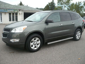 2011 Chevrolet Traverse ls 8 passager AWD VUS