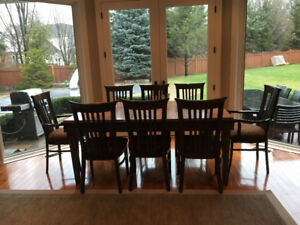 Solid oak wood table with 6 chairs (+3 breakfast bar chairs)