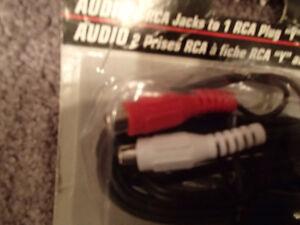 Omega OC33 AUDIO 2 RCA Jacks to 1 RCA Plug Y Adapter 2m (6.5 ft) Sarnia Sarnia Area image 4