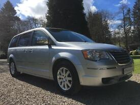 TOP OF THE MPV RANGE CHRYSLER VOYAGER LIMITED 2.8 CRD AUTO LOADED 7 SEATS MPV