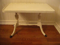 Shaby Chic Coffee Table/Table de centre Shabby Chic