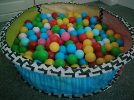 Chad Valley pop up ball pit & 200-300 balls