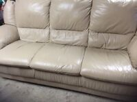 Leather 3 seater settee and recliner chair