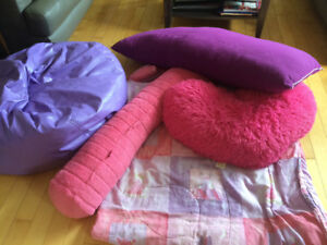 Girls double bed comforter/bean bag chair /body and heart pillow