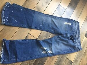 Guess boot cut jeans- size 29