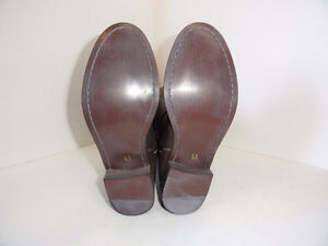 Kenneth Cole Reaction Brown Leather Riding Boots Size 6.5 Sarnia Sarnia Area image 2