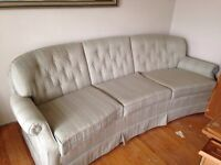 FREE COUCH. GOOD CONDITION.