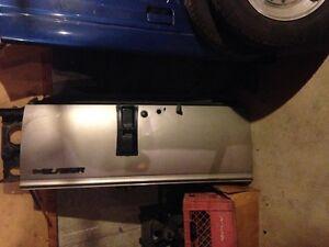 New Style S10 Blazer Tailgate Sarnia Sarnia Area image 1