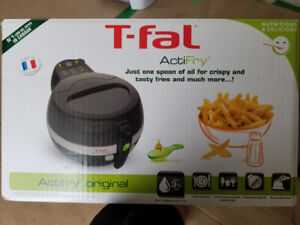 T-fal Actifry Original - black (barely used) $100.00
