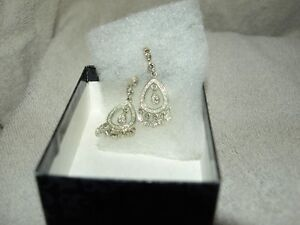"New ""silver"" crystal dangle earrings"