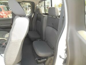 2012 Nissan Frontier SV V6 King Cab 4WD Peterborough Peterborough Area image 14