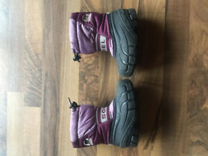 Girls boots - size 8 and 9