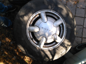 4 used all season tires with rims 215 70 R15