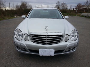 2009 Mercedes-Benz E300 4MATIC Fully loaded with only 57,475km