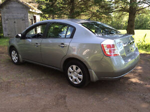2010 Nissan Sentra - Only 25,000 Kms!!