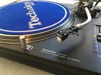 Technics SL 1210 MK2 Turntables - Perfect condition