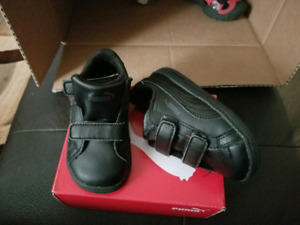 Puma size 6 toddler
