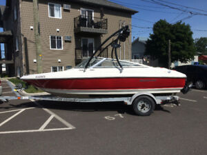Wellcraft excalibur 190 wakeboard 4.3 Mpi 19 pied