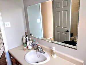 House for rent (upper level 2 bedroom + family room) Peterborough Peterborough Area image 2