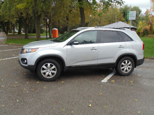 2011 Kia Sorento - Mint condition and accident free