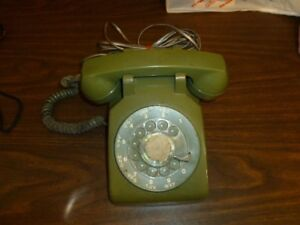 NT Vintage Olive Green Dial Phone
