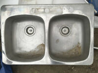 Stainless double sink w/plugs