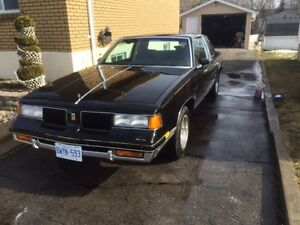 Oldsmobile cutlass excellent condition