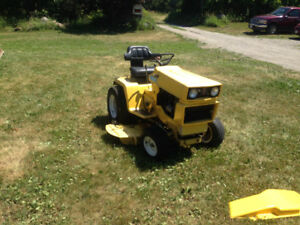 Lawn mower international riding mower hydro