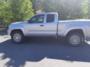 For Sale : 2009 Toyota Tacoma TRD.  1 owner