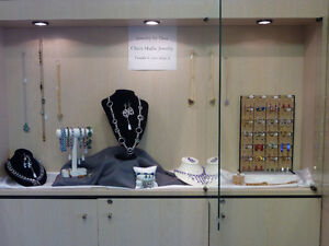 New jewelry outlet