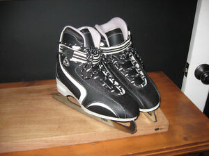 New (well almost) ladies skates