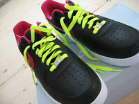 Nike Air Force I 1 One London Black Fireberry SZ 11 new with box