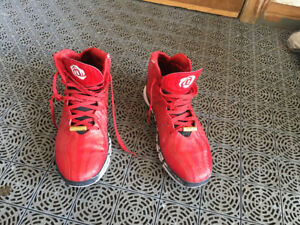 Men's basketball sneakers size 10.5