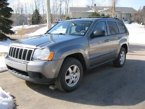 2008 Jeep Grand Cherokee Laredo SUV, Crossover