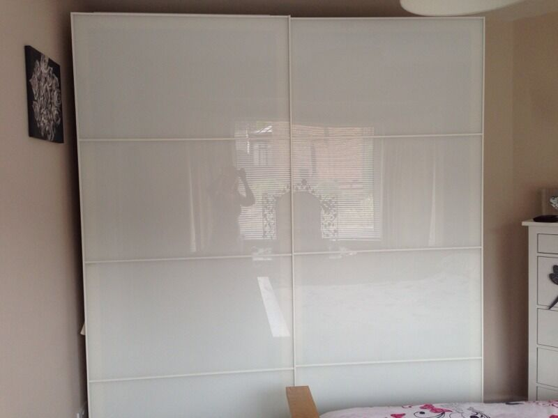 Large Pax Ikea Wardrobe With Farvik White Glass Sliding