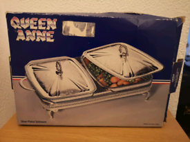 Queen Anne silver plated serving tray (brand new).