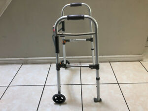 Aluminum Folding Walkers with 2 Wheels