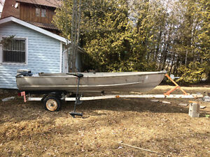 Aluminum 14 Foot Boat Trailor+9.9