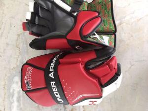 NEW - Under Armour box goalie gloves
