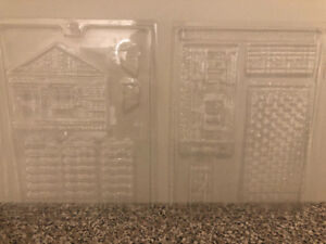 Gingerbread house-style mould for chocolate melting chips/wafers