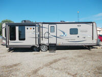 2014 Forest River Flagstaffb Trailer - FINANCING AVAILABLE!!
